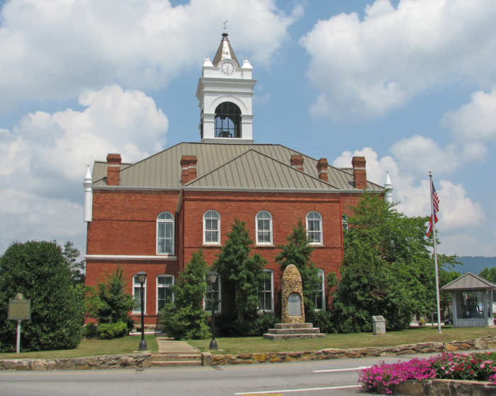 The Most Peaceful Small Towns In Georgia