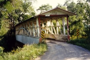 Built around 1892, Turner's Covered Bridge crosses the Juanita River and welcomes both drivers and those on foot to pass over it.
