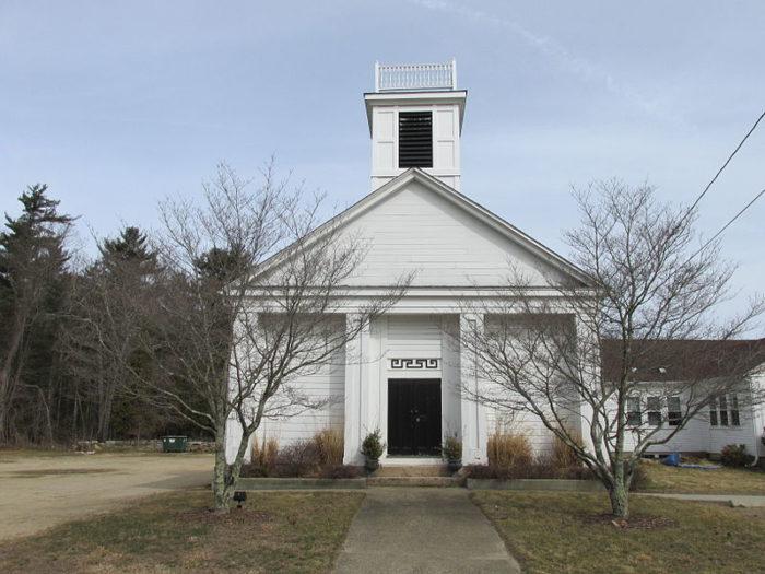 800px-Chestnut_Hill_Baptist_Church,_Exeter_RI