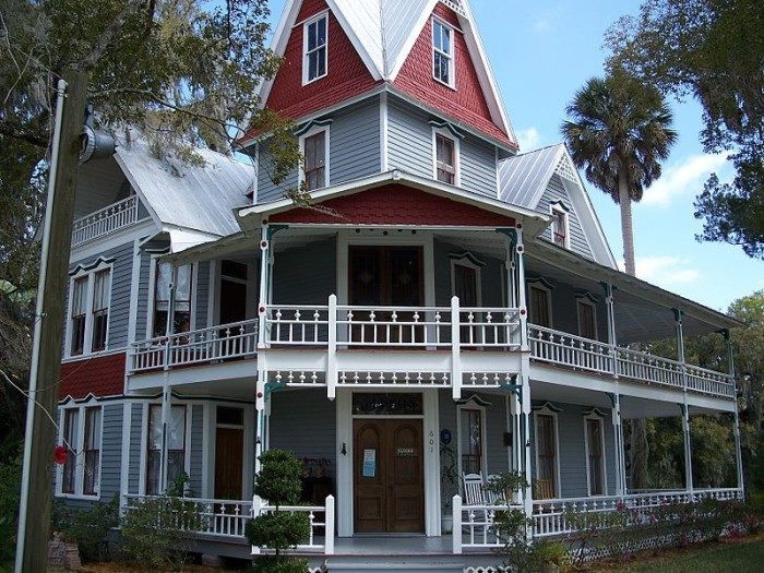 7. The May-Stringer House, Brooksville