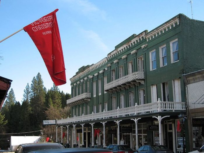 Swing by the National Hotel, where you can relax in old fashioned luxury. Established in 1852, the site also hosts the National Bar, where you can sip on a cocktail and listen to some local bluegrass musicians strum their hearts out or participate in karaoke night.