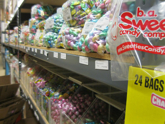 This massive candy warehouse keeps an average of 500,000 pounds of candy in stock. (That's a LOT of candy.)