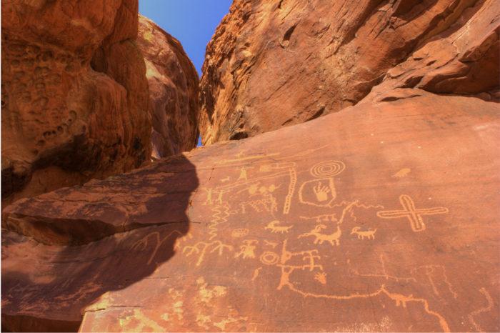 Discover more petroglyphs at Atlatl Rock.