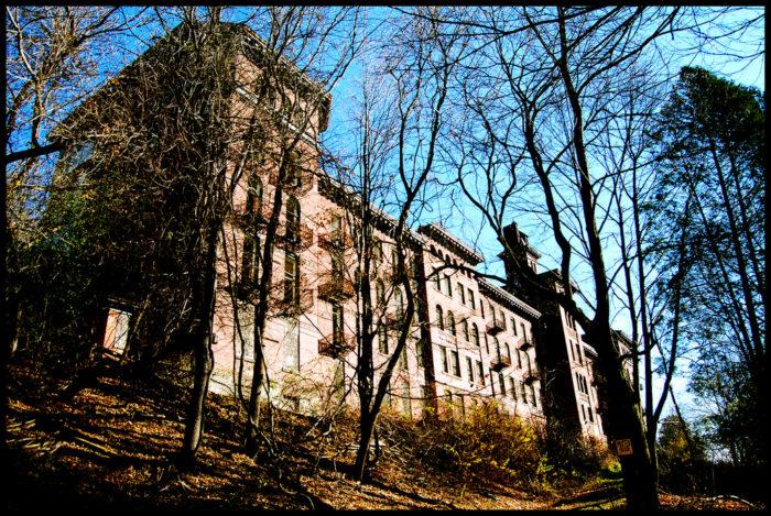 The Jackson Sanitarium is located in Danville, New York.