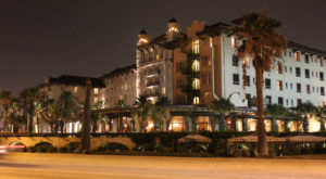 The Story Behind This Haunted Hotel In Texas Is Truly Creepy