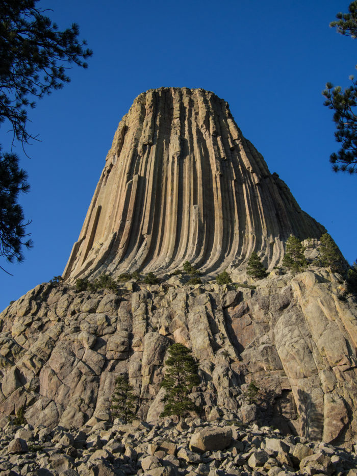 5. The unusually formed and insanely tall Devils Tower, a laccolith (formed by magma pushing up the earth deep underground)