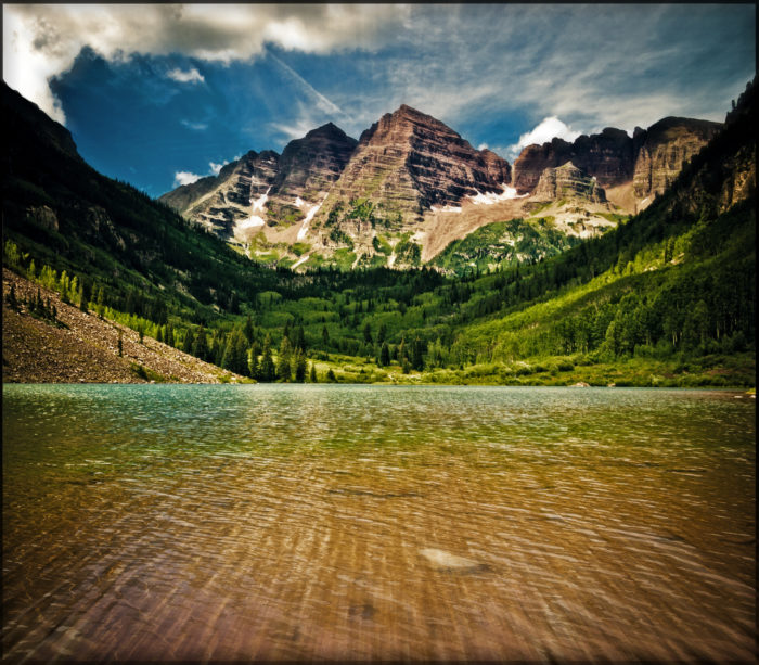 One of the most iconic and photographed spots in all of Colorado is that of the Maroon Bells...