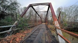 The Story Behind This Haunted Bridge In Alabama Is Truly Creepy