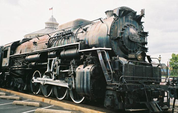 C&O_locomotive_2705