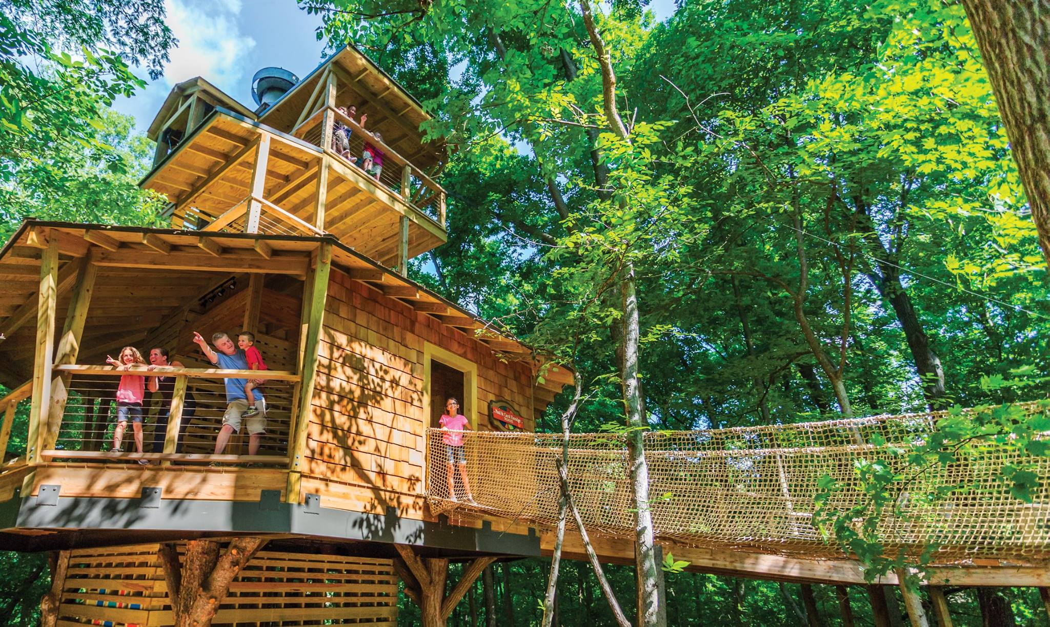 Visit This Amazing Adult Friendly Tree House In Indiana