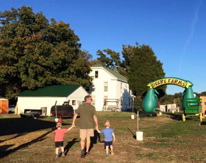 5. Deere Farms Corn Maze & Pumpkin Patch - Lanesville