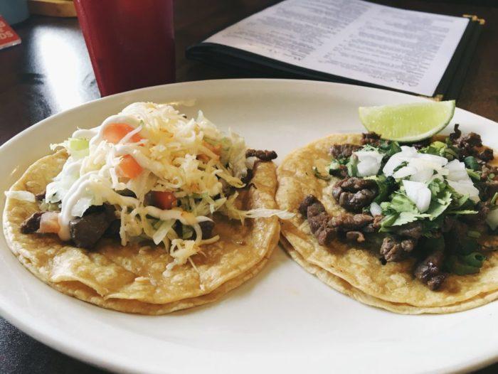 El Cajete tacos