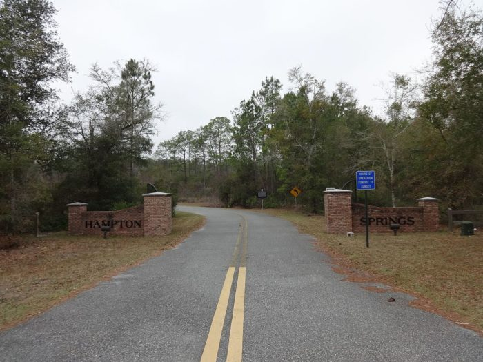 Hampton_Springs_entrance