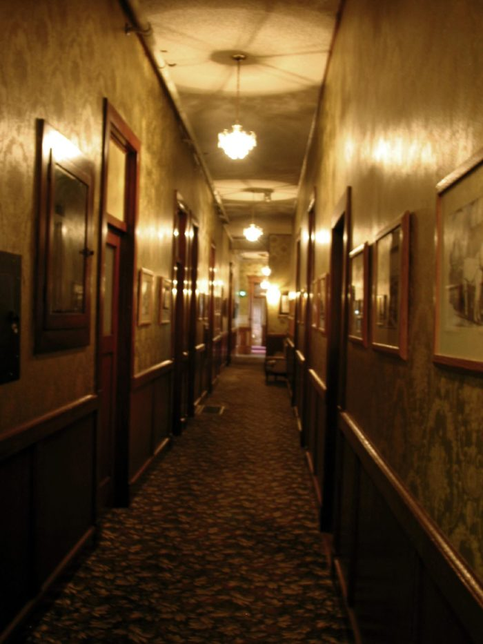 Inside Hotel Room: Dare To Spend The Night At This Haunted Washington Castle