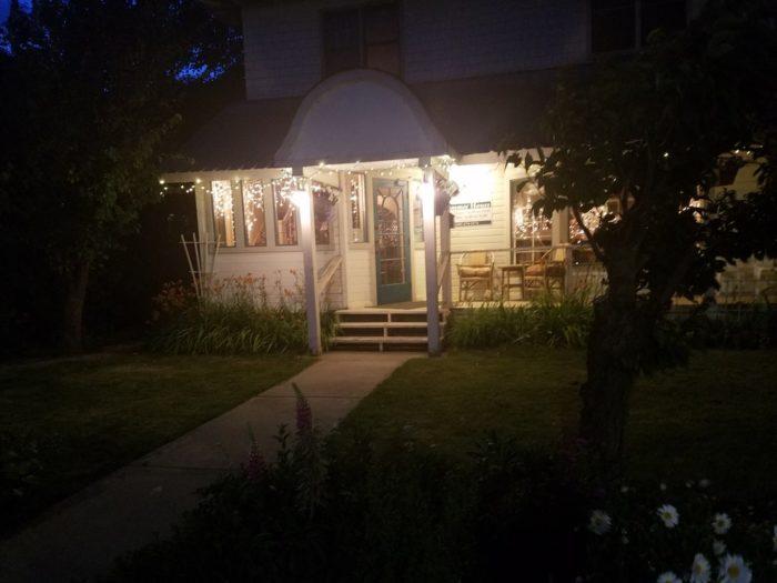 4. Mama Vallone's Steakhouse, Cle Elum