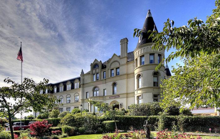 manresa-castle-2948714076