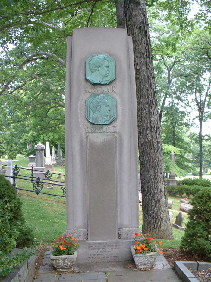 6. Mark Twain - Woodlawn Cemetery, Elmira