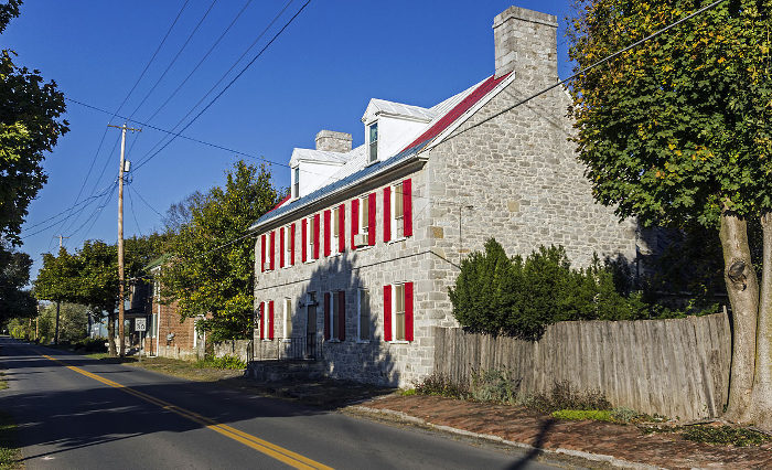 Middleway is a quiet little town between Shepherdstown and Charles Town.