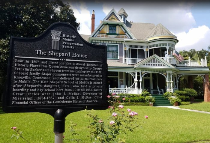 7. Kate Shepard House Bed and Breakfast