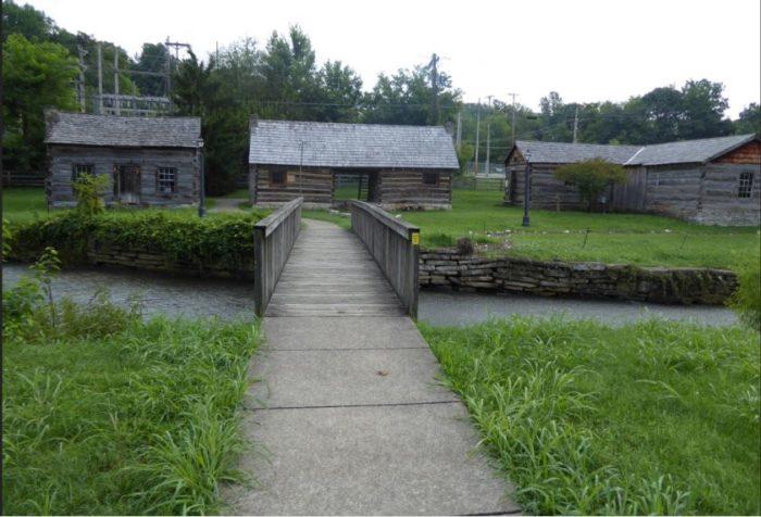 Old Bardstown Village, Civil War Museum.