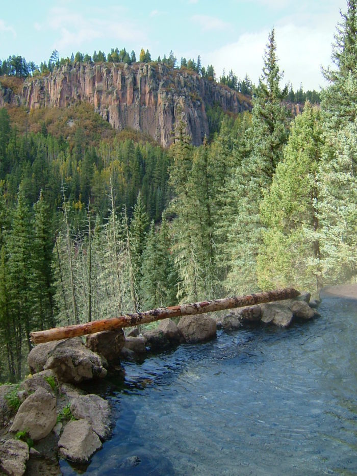 This New Mexico Hiking Trail Leads To A Gorgeous Natural