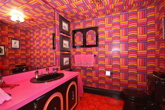 Not into the psychedelic drug scene? Too bad, because this bathroom is a total trip. I bet it would hide stains well, as long as most of your stains are Kool-aid-based.