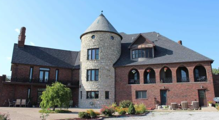 Formerly known as the Parkhurst Castle, this large estate was transformed into the Windmoor Bed & Breakfast. When the bed & breakfast closed, the castle was put on the market to be sold to its next private owner.