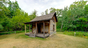 This Easy Hike Lets You Experience The Fascinating History of Minnesota