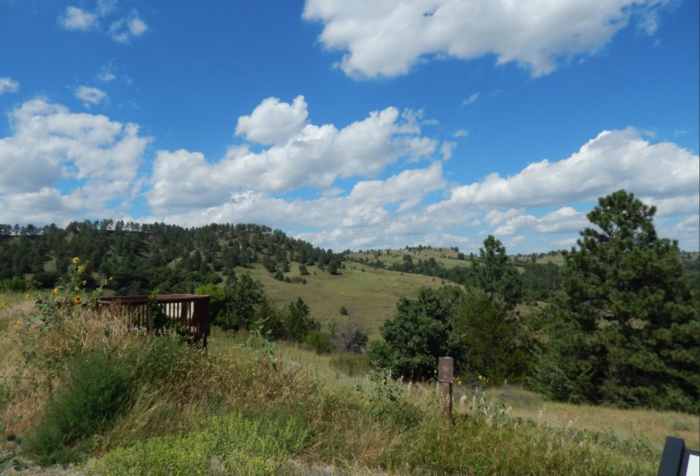 The trail is only about three quarters of a mile long, but it can be challenging. It's just the right length for a leisurely afternoon of sightseeing along the Niobrara.