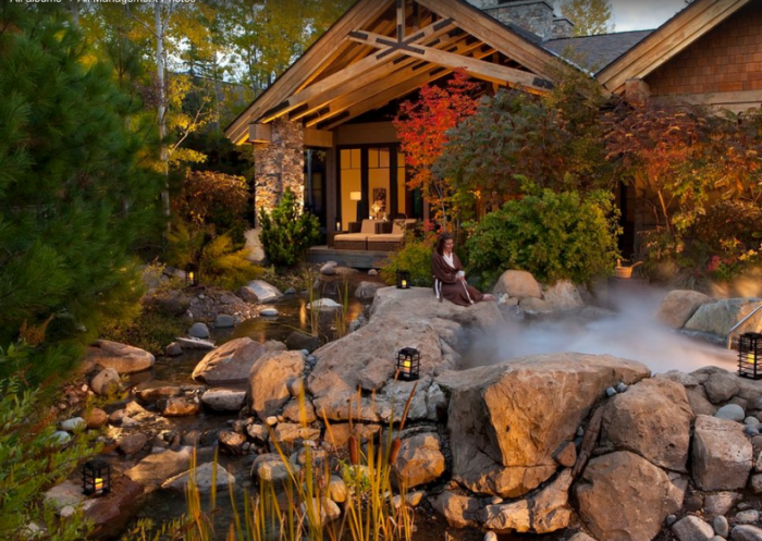 Set on 6,000 acres of woodland, Suncadia is a sprawling resort with a mountain lodge atmosphere.