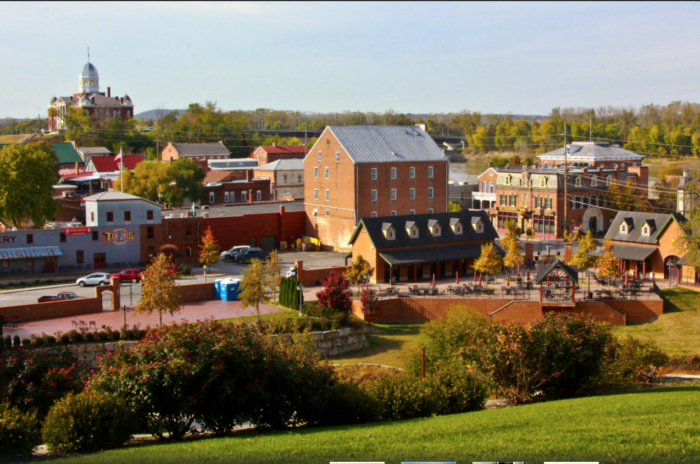 Almost 200 years later, the town remains a popular destination.