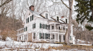 This Decaying Historic Farmhouse In New York Will Remind You Of A Simpler Time