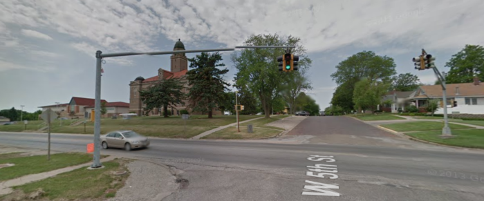 You'll find it at this intersection, outside of the Saunders County Courthouse at 5th and Chestnut. But the one traffic light far from defines this vibrant community. It may be small, but Wahoo has a lot going for it.