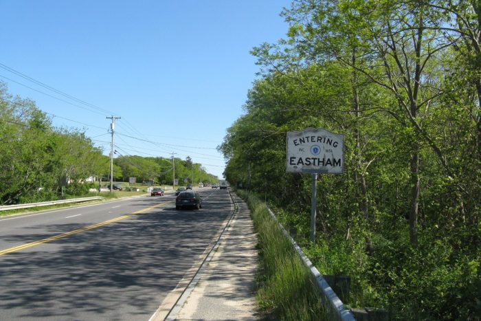 US_Route_6_southbound_entering_Eastham_MA