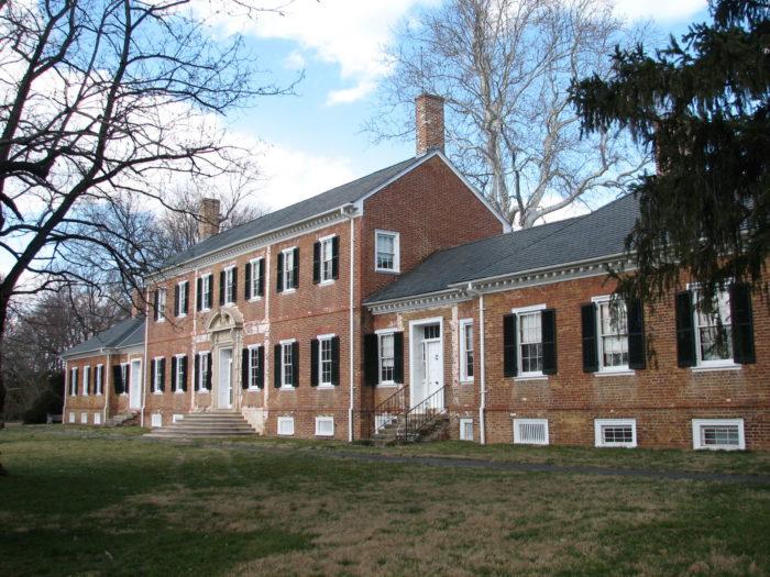 1. Chatham Manor (Fredericksburg)