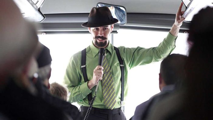 Your tour guide will take you on a 2 hour trip around some of the most famous hangouts of Illinois' most infamous residents.