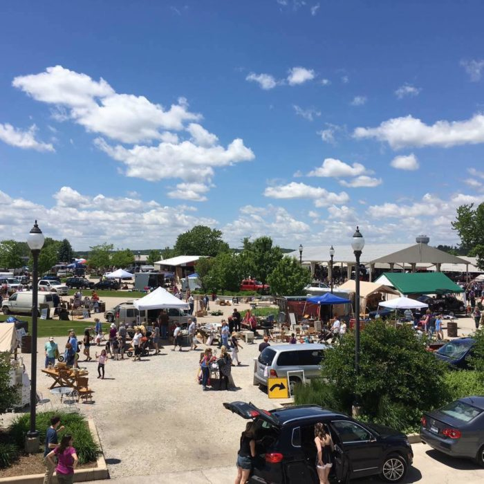 """This flea market calls itself the """"Best in the Midwest,"""" and has been in operation for almost 50 years."""