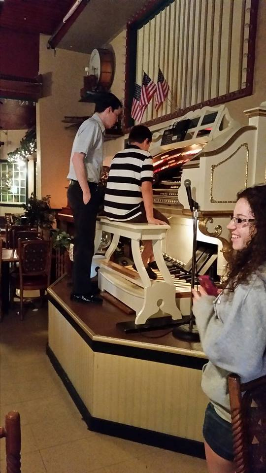 Organ players come in to do live performances.