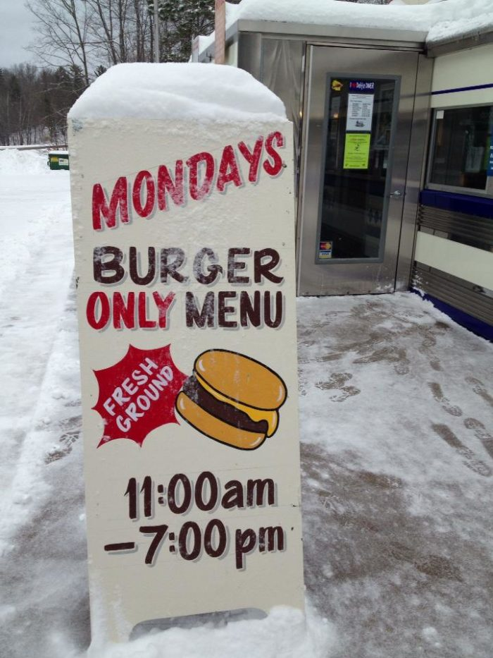 On Mondays, they only serve burgers, which are to die for.