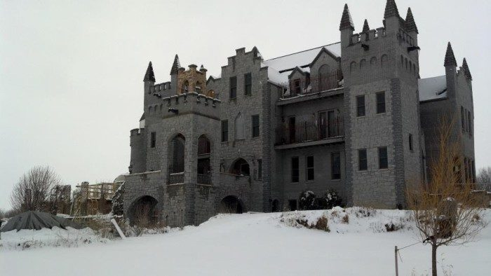 This castle has the ambiance of a 16th century castle.