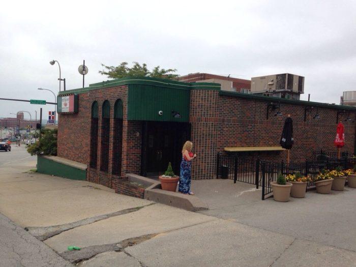 10. Anthony's Restaurant & Lounge - Kansas City