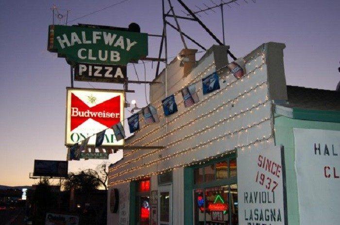 5. 1937: Casale's Halfway Club