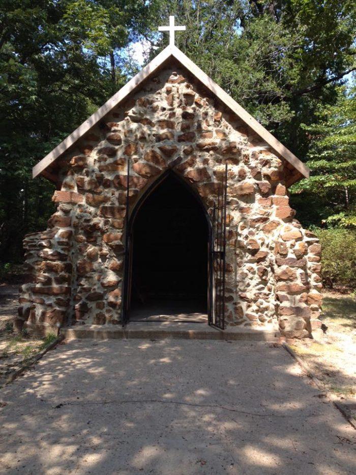 visit rock chapel outside of mansfield la for a unique