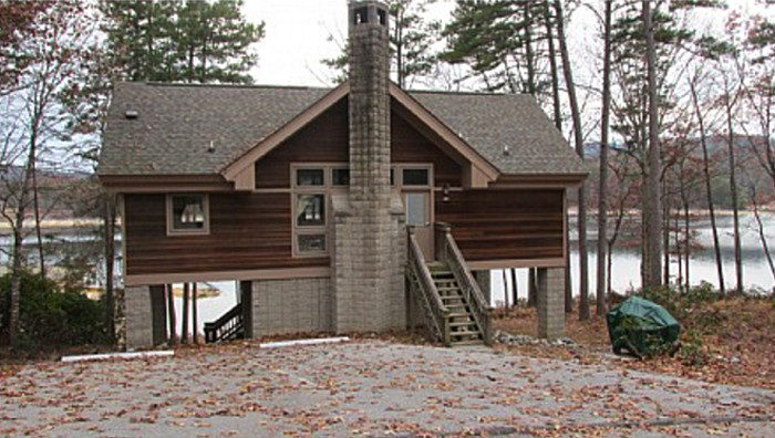 11 cozy cabins in south carolina perfect for the ultimate for Devils lake state park cabins