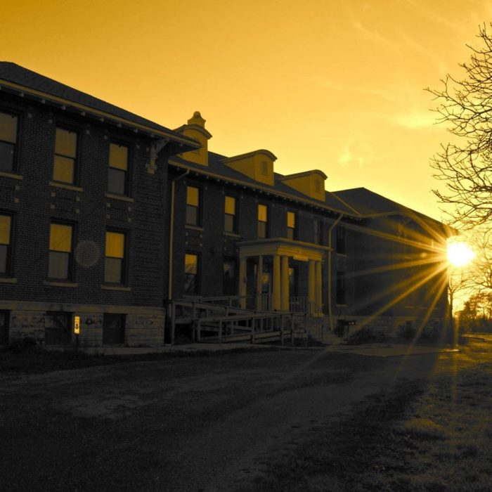 This Haunted Abandoned Asylum In Iowa Is Truly Creepy