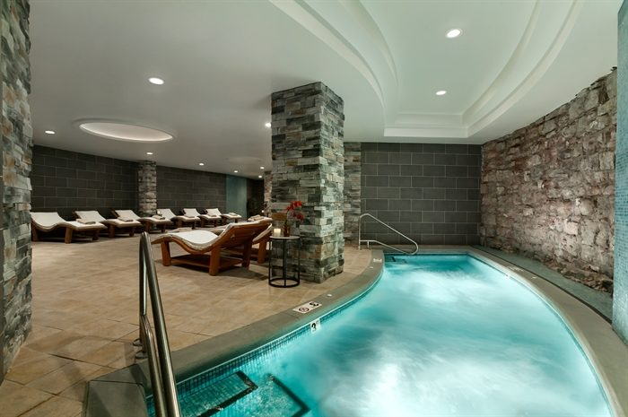 Today, people believe the lap pool in the basement to be haunted. It was here that the gangsters hid their liquor and held all-night gambling events.