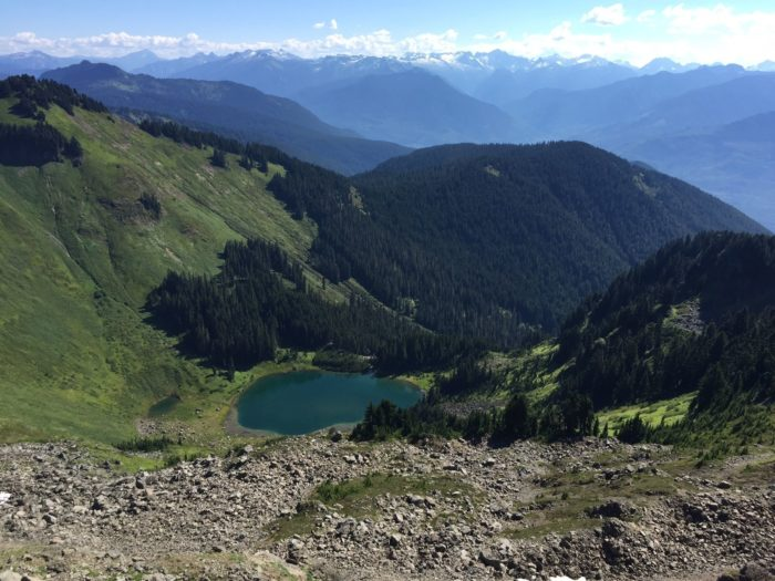 As the hike continues, the views get even better.