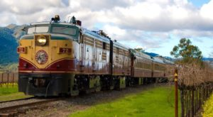 Take This Fall Foliage Train Ride Through Northern California For A One-Of-A-Kind Experience