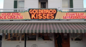 This Neighborhood Candy Store In Maine Will Make You Feel Like A Kid Again