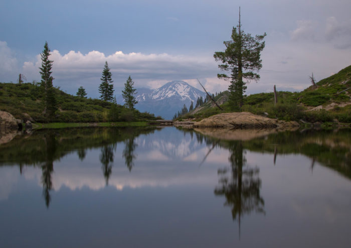 The best part of this hike is that it's short enough to get to some of the most amazing views around and stay awhile to enjoy them. Mirror, mirror on the water...who's the fairest hiker of all?